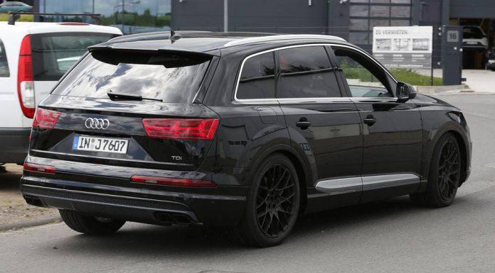 Audi SQ7 spy shots rear