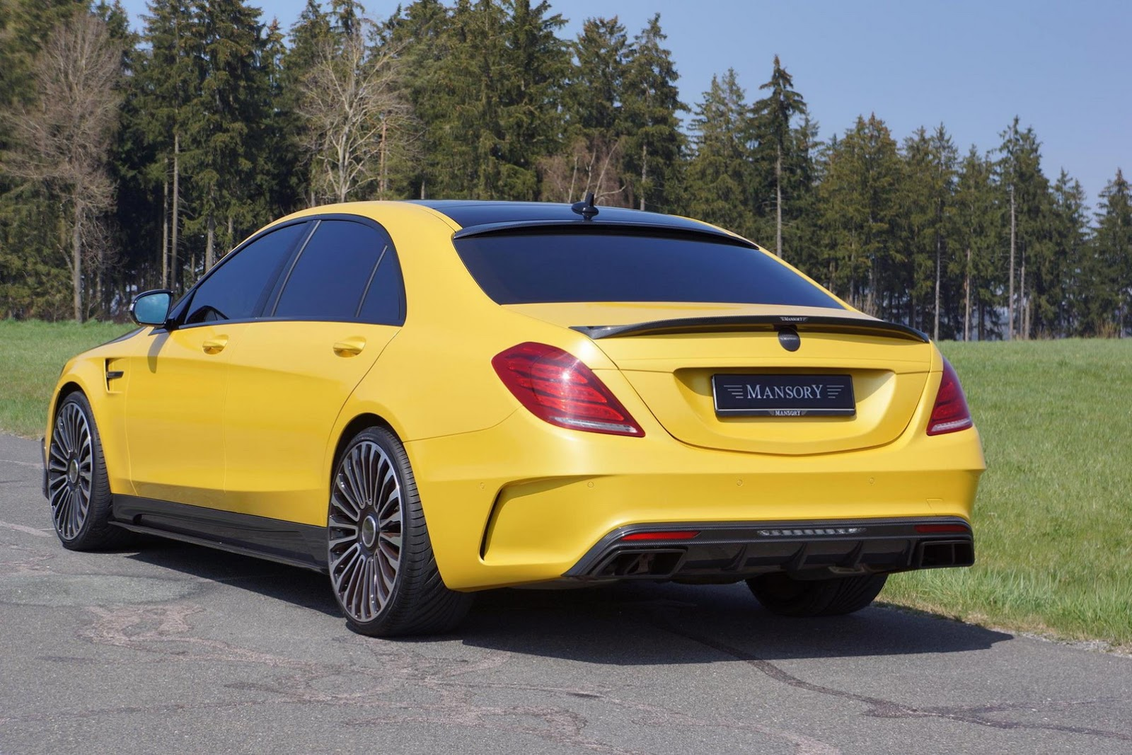 mansory reveals yellow mercedes benz s63 amg gtspirit. Black Bedroom Furniture Sets. Home Design Ideas