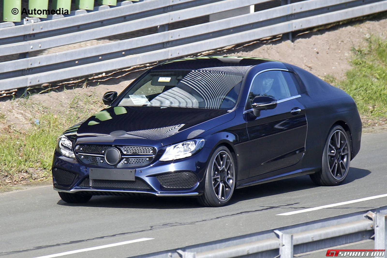 new mercedes benz c class coupe spy shots with little camo gtspirit. Black Bedroom Furniture Sets. Home Design Ideas