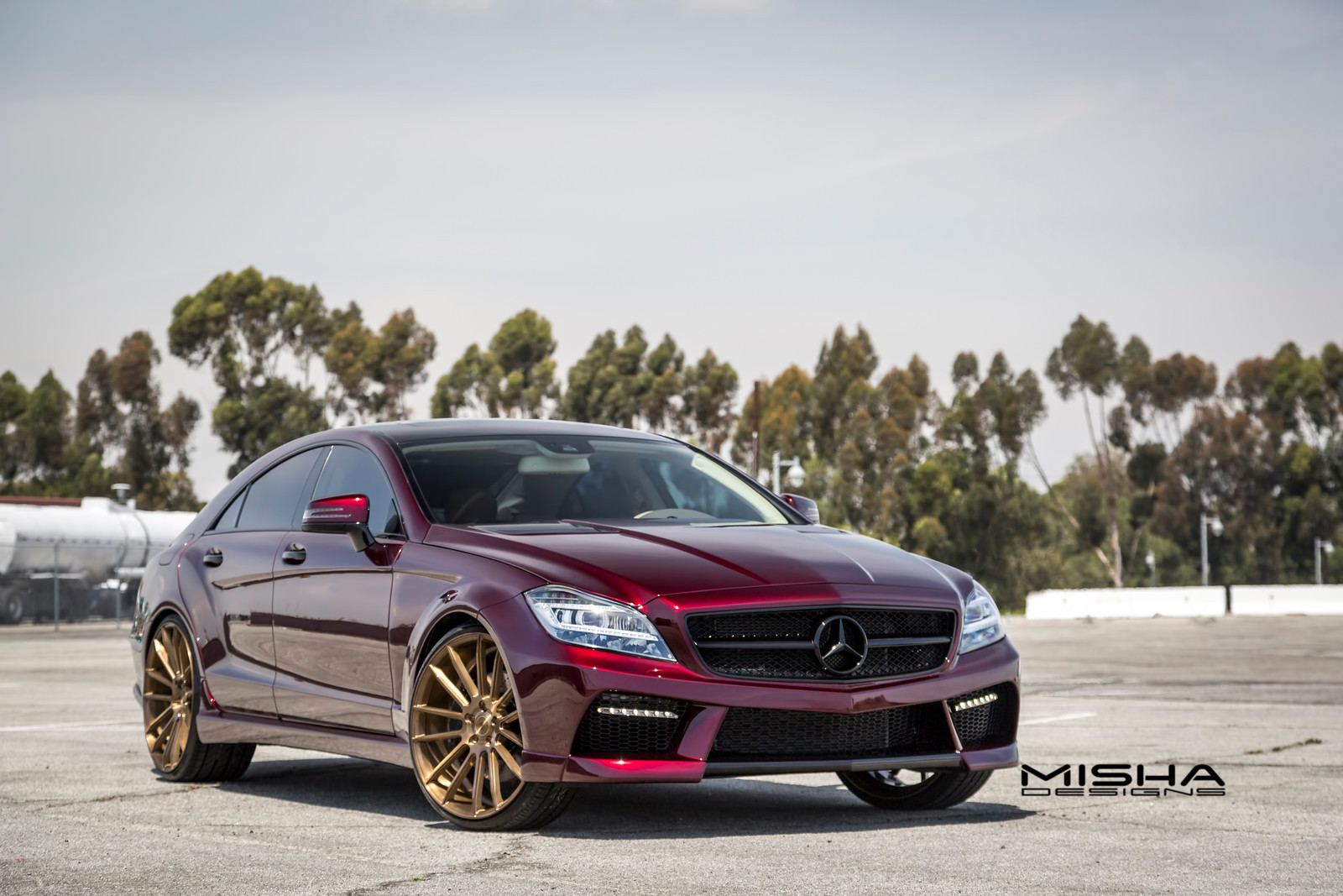 official mercedes benz cls by misha designs gtspirit. Black Bedroom Furniture Sets. Home Design Ideas