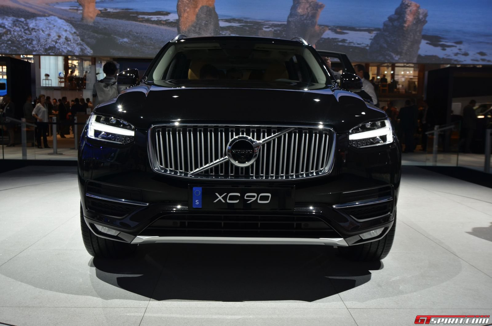 volvo launches the new xc90 in india gtspirit. Black Bedroom Furniture Sets. Home Design Ideas