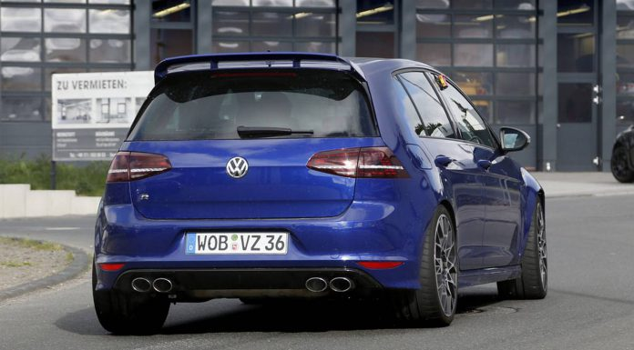 Volkswagen Golf R400 Spied Testing at the Nurburgring
