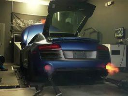 Twin-turbo Audi R8 V10 spits flames