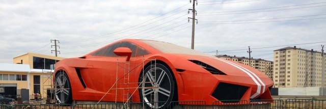25-Meter Lamborghini Gallardo Erected Outside Anji Arena in Russia