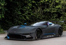 Goodwood 2015: Black Aston Martin Vulcan