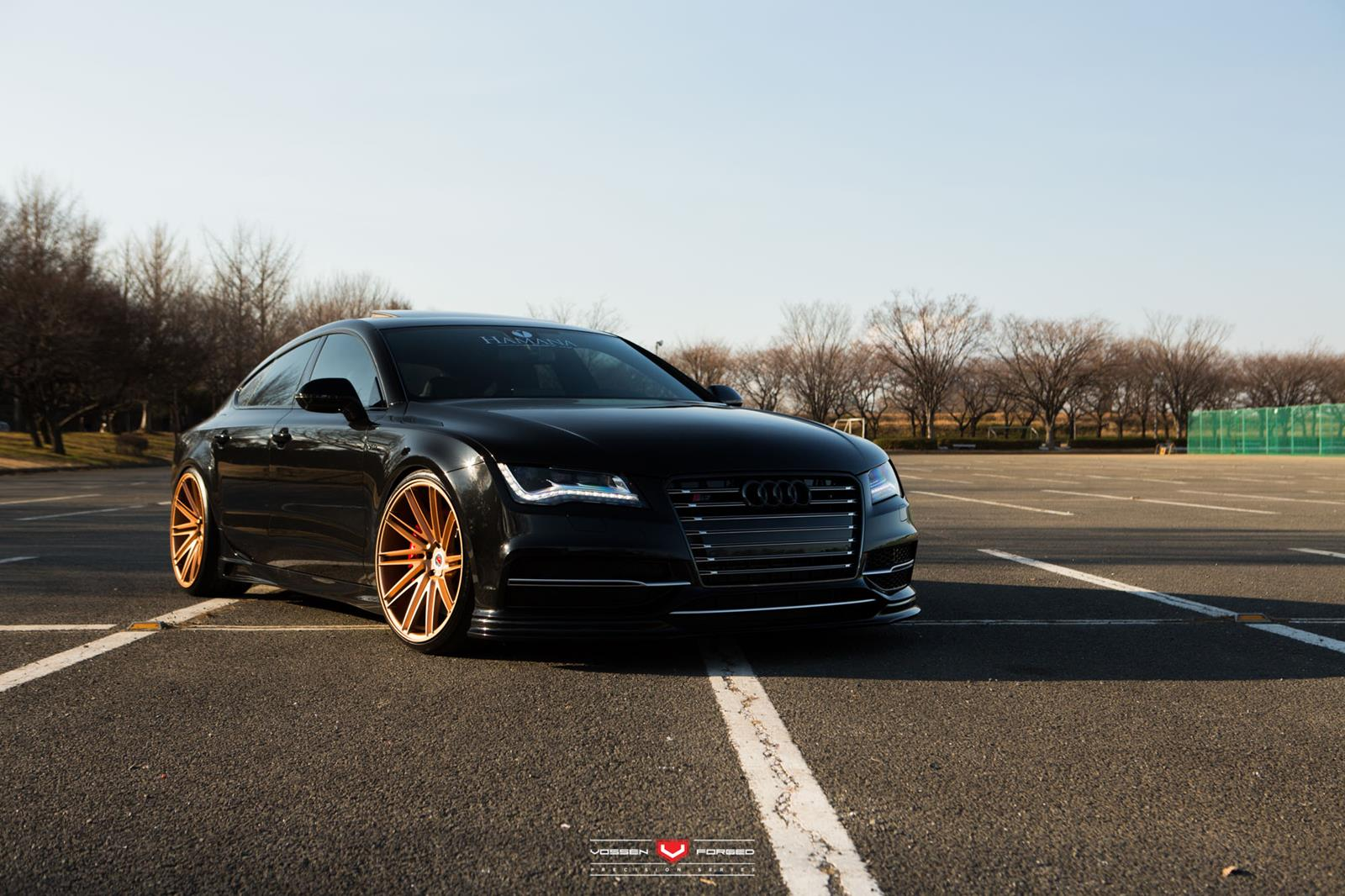 black audi rs7 with gold vossen wheels gtspirit. Black Bedroom Furniture Sets. Home Design Ideas