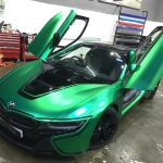 Matte Green Chrome BMW i8