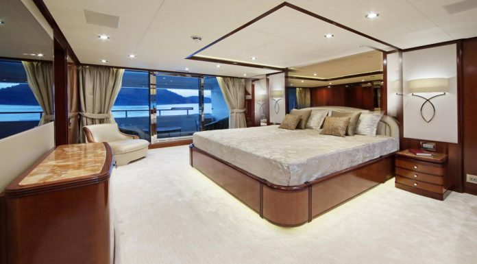 Superyacht VICA by Benetti Owners suite