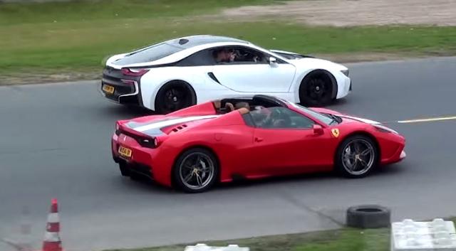 Ferrari 458 Speciale A drag racing