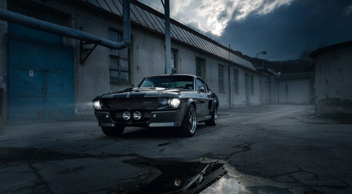 Photo of the Day: Shelby Mustang GT500 Breaking Dusk!