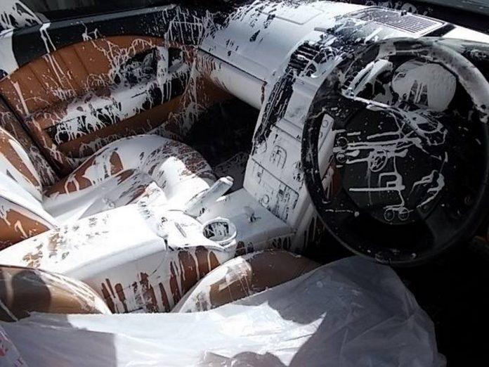 Maserati Quattroporte written off due to paint