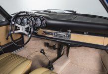 Porsche Classic 911 dashboard revealed