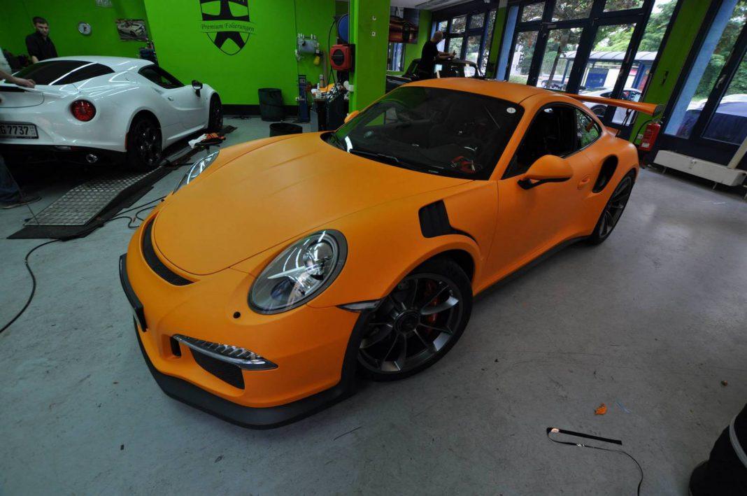 2016 Porsche 911 GT3 RS Wrapped in Racing Orange Matt