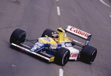 Williams Formula One car heading to auction
