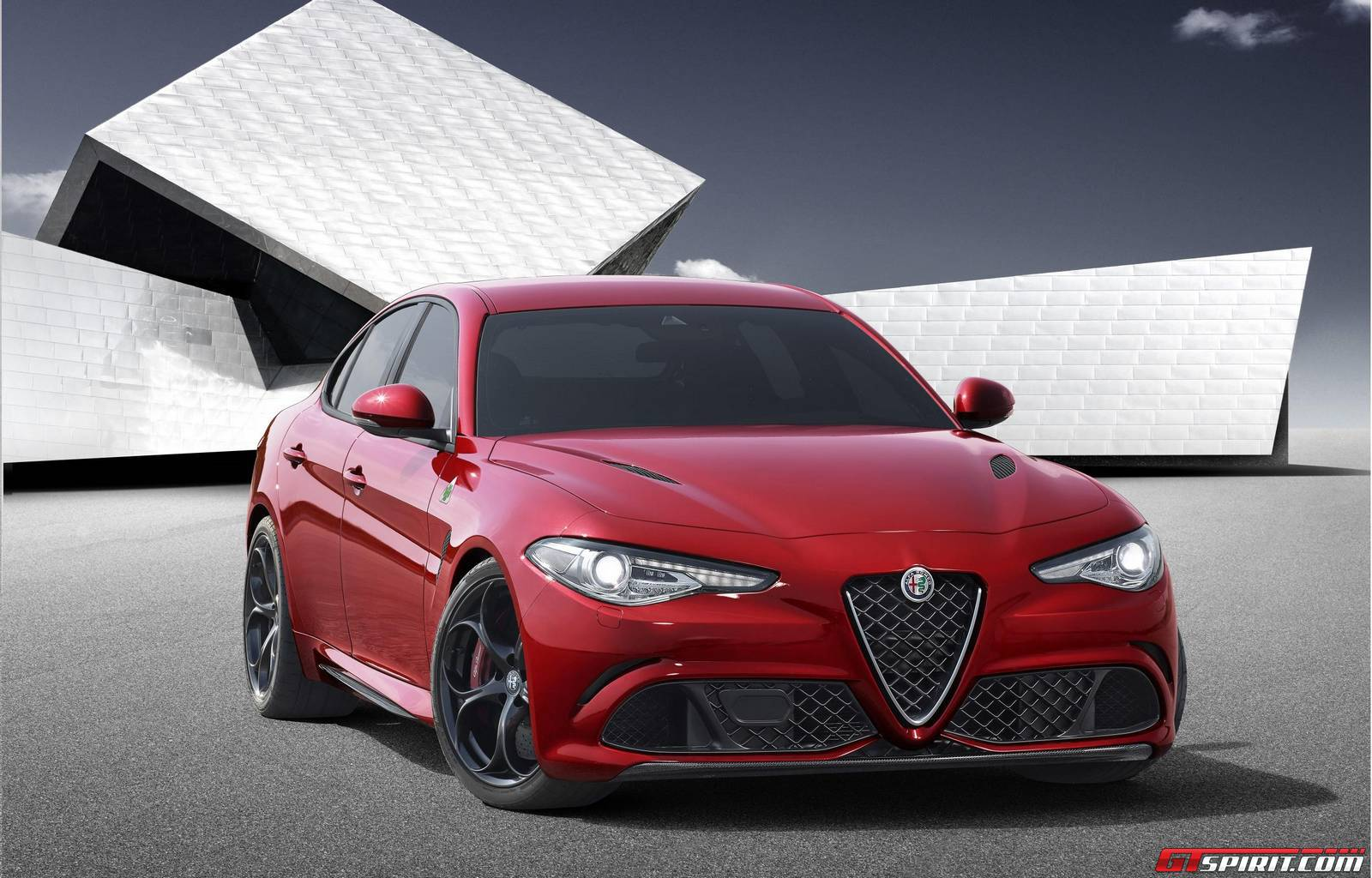 official 2016 alfa romeo giulia gtspirit. Black Bedroom Furniture Sets. Home Design Ideas