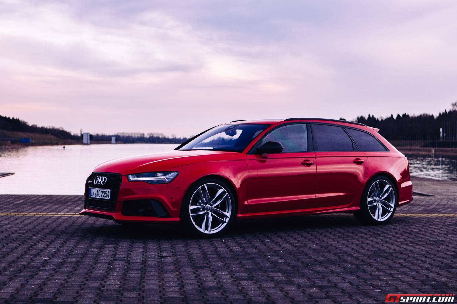 audi rs6 avant launched in india 8 things you need to know gtspirit. Black Bedroom Furniture Sets. Home Design Ideas