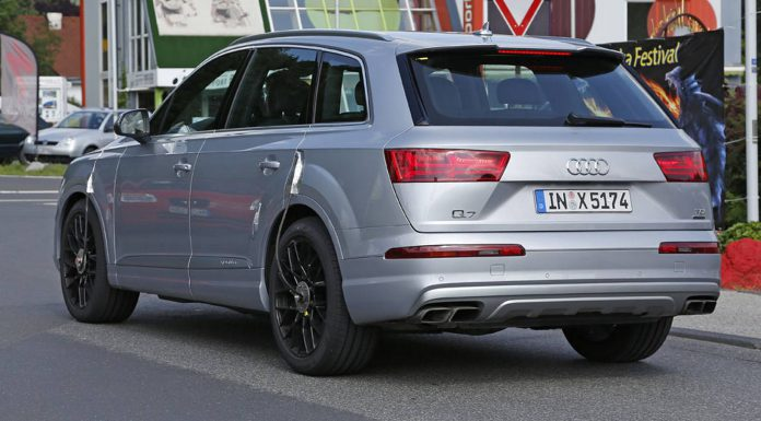 Audi SQ7 Spy Shots rear view