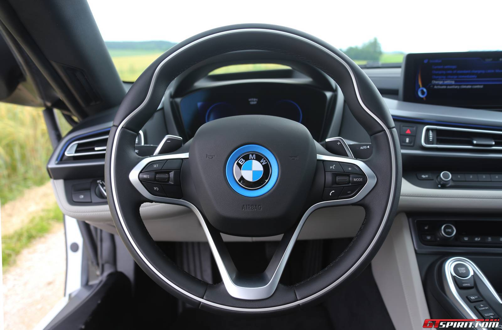 2016 bmw i8 review gtspirit for Bmw i8 interior