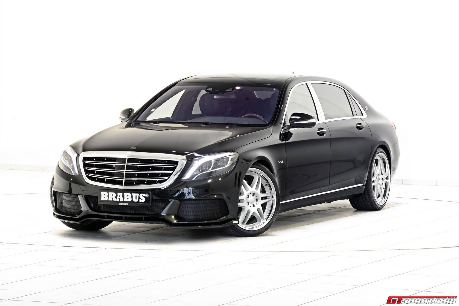 official 900hp mercedes maybach s600 by brabus gtspirit. Black Bedroom Furniture Sets. Home Design Ideas