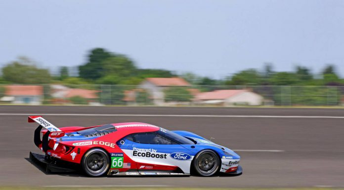 2016 Ford GT GTE racecar side view
