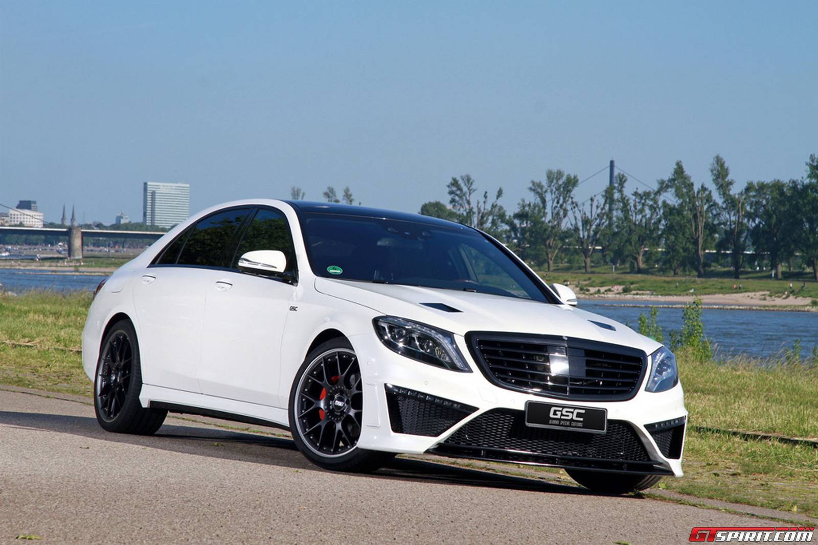 Official mercedes benz s class by german special customs for Mercedes benz tuners
