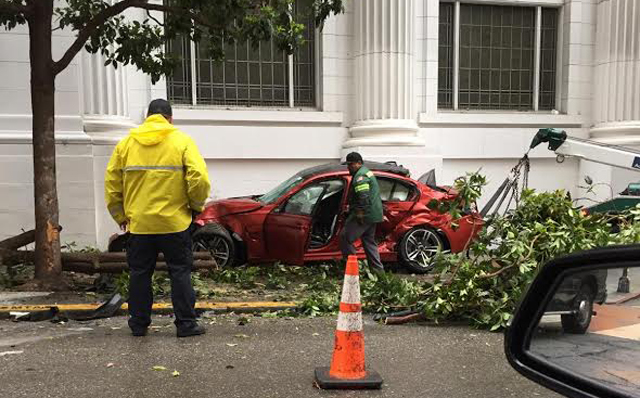 Frozen Red BMW M3 stolen and crashed in San Francisco