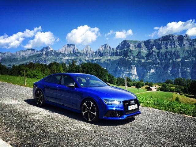 Blue Audi RS7