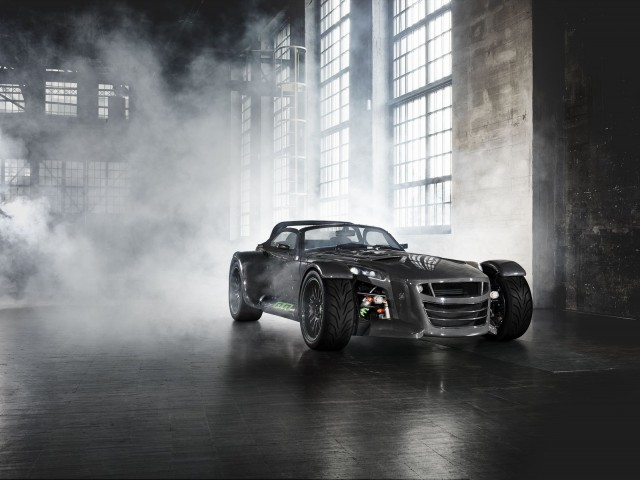 Donkervoort D8 GTO Bare Naked Carbon Edition front