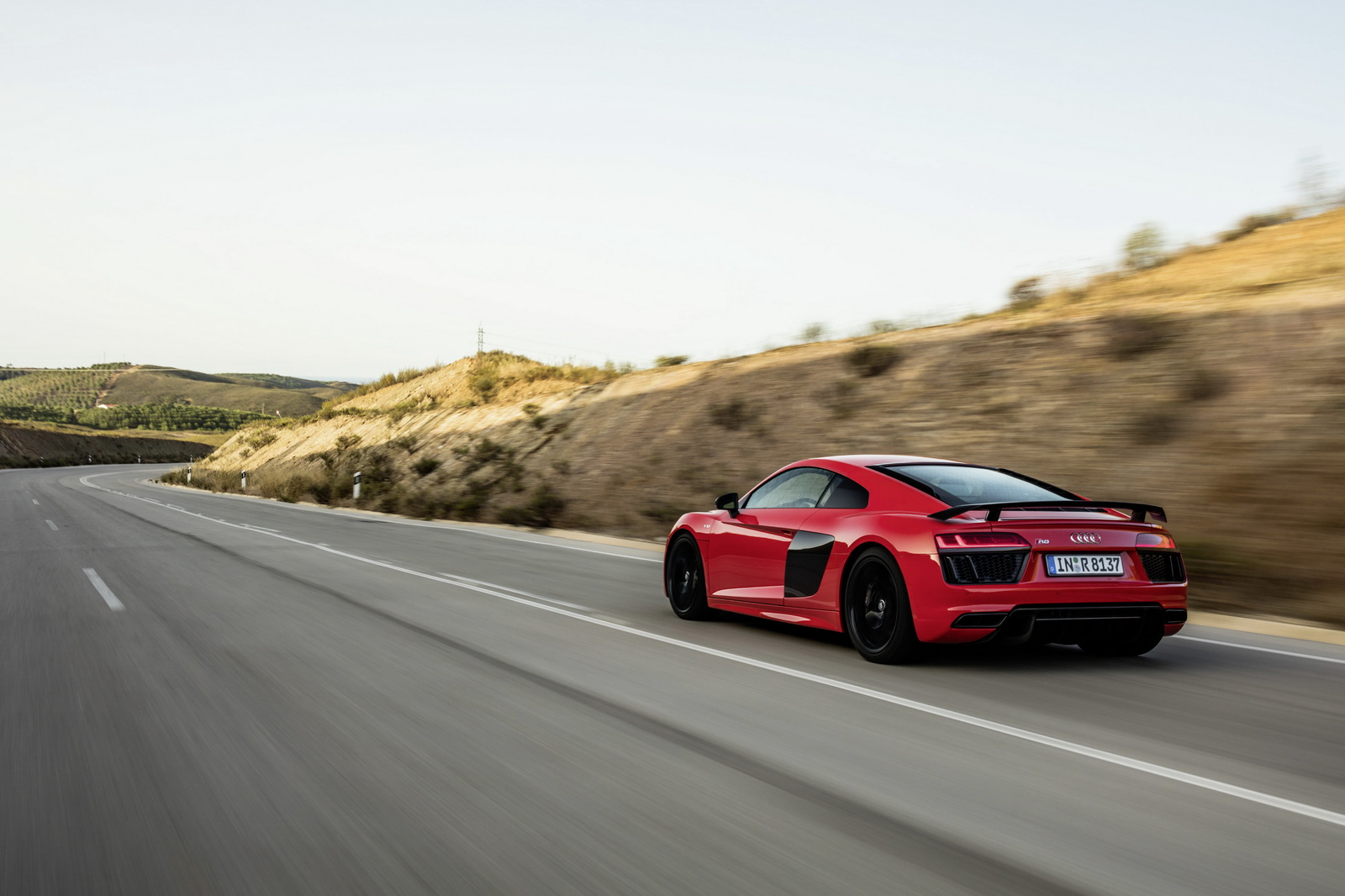 2015 Audi R8 V10 Plus on track rear