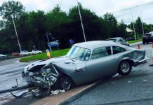 Aston Martin DB5 Crashes in Manchester