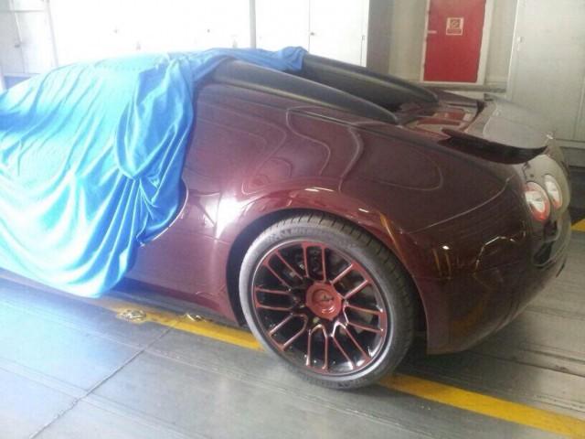 Bugatti Veyron Vitesse LaFinale Arrives in Morocco
