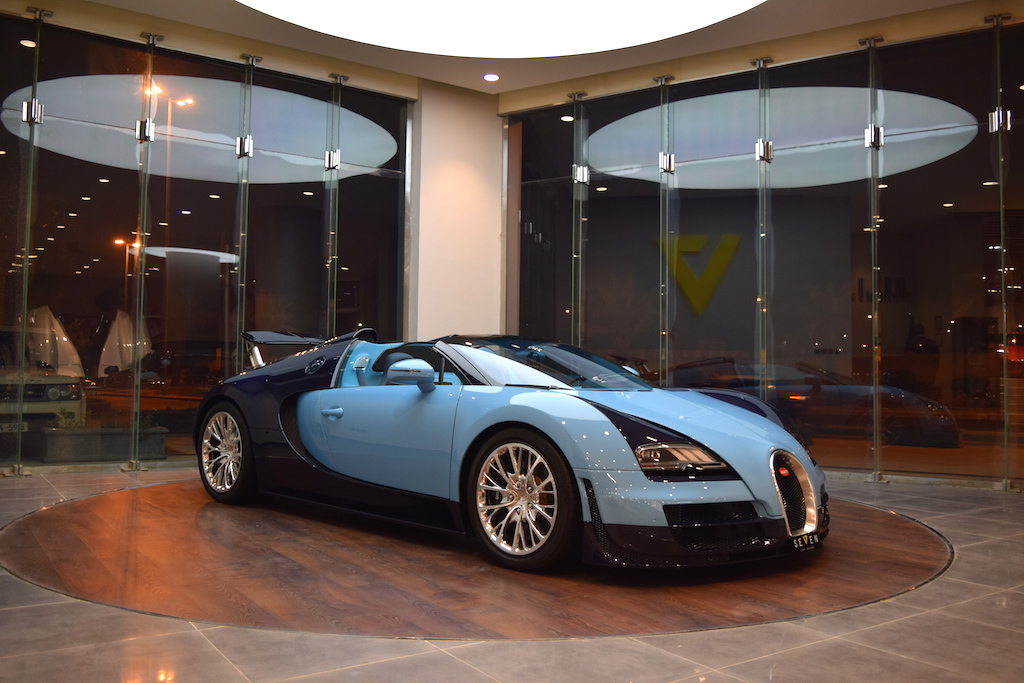 bugatti veyron vitesse jean pierre wimille for sale in. Black Bedroom Furniture Sets. Home Design Ideas