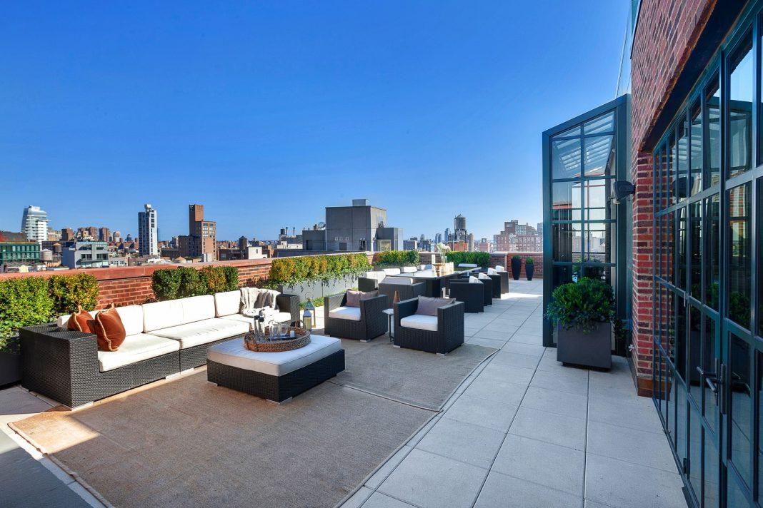 Stunning 66 million penthouse for sale in new york city for Penthouses for sale in nyc
