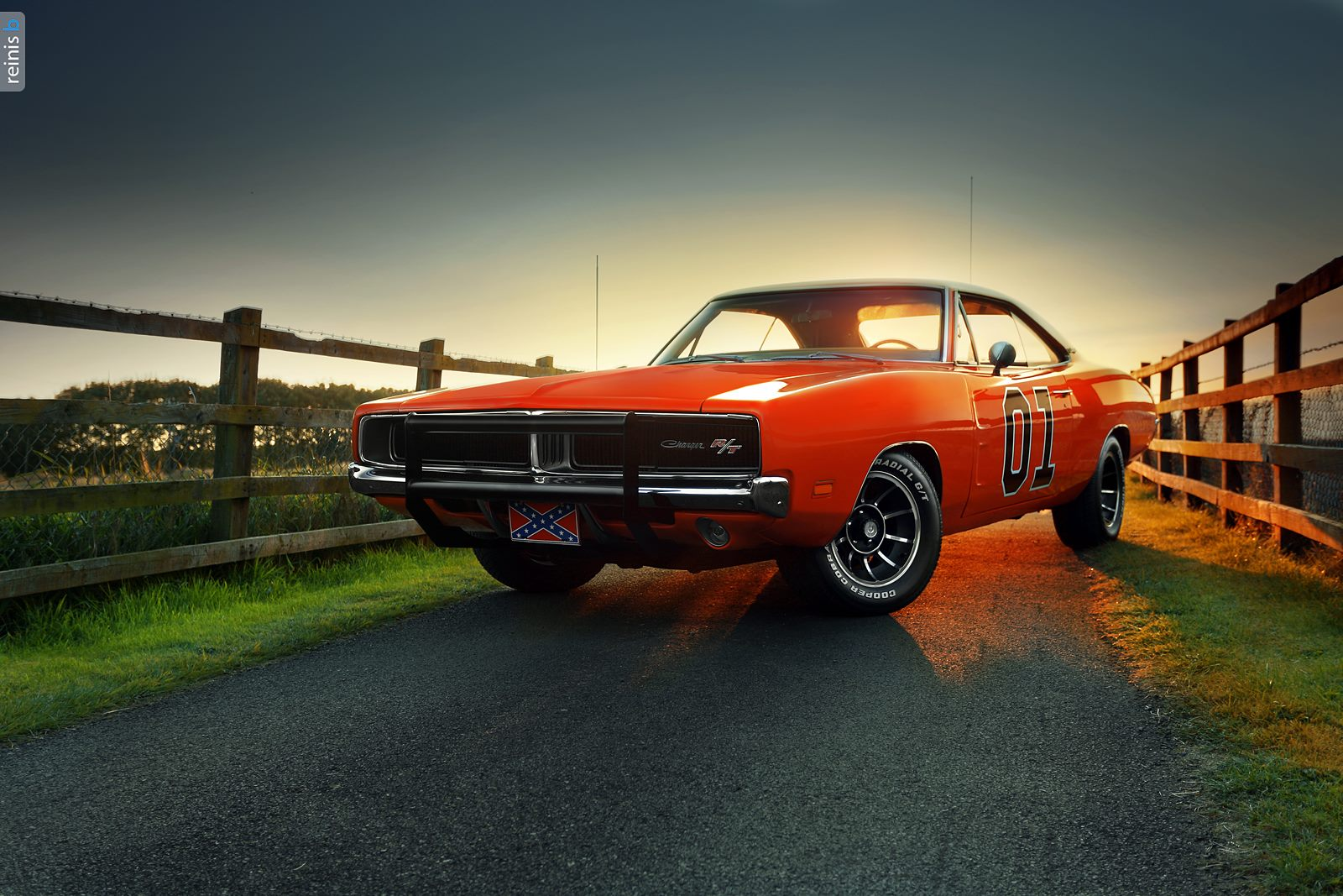Stunning General Lee Dodge Charger R/T Photoshoot! - GTspirit