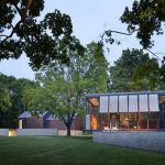 Philip Johnson's Wiley House Listed for $14 Million