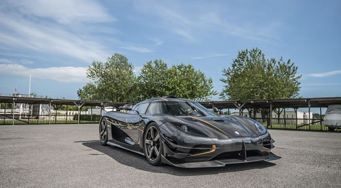 Black Koenigsegg One:1