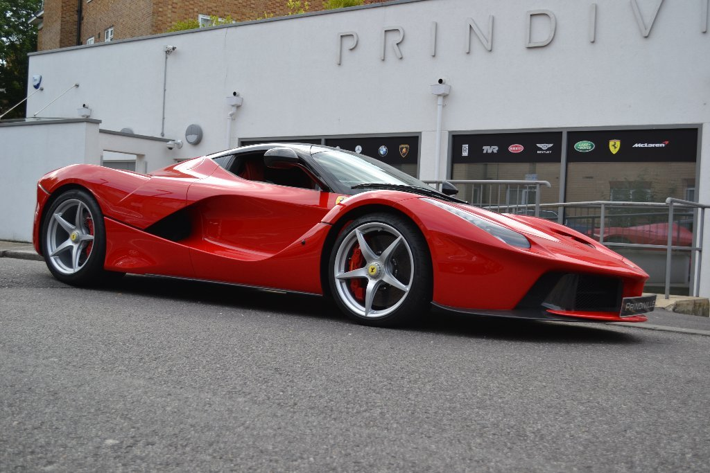 rare ferrari laferrari for sale in the uk gtspirit. Black Bedroom Furniture Sets. Home Design Ideas