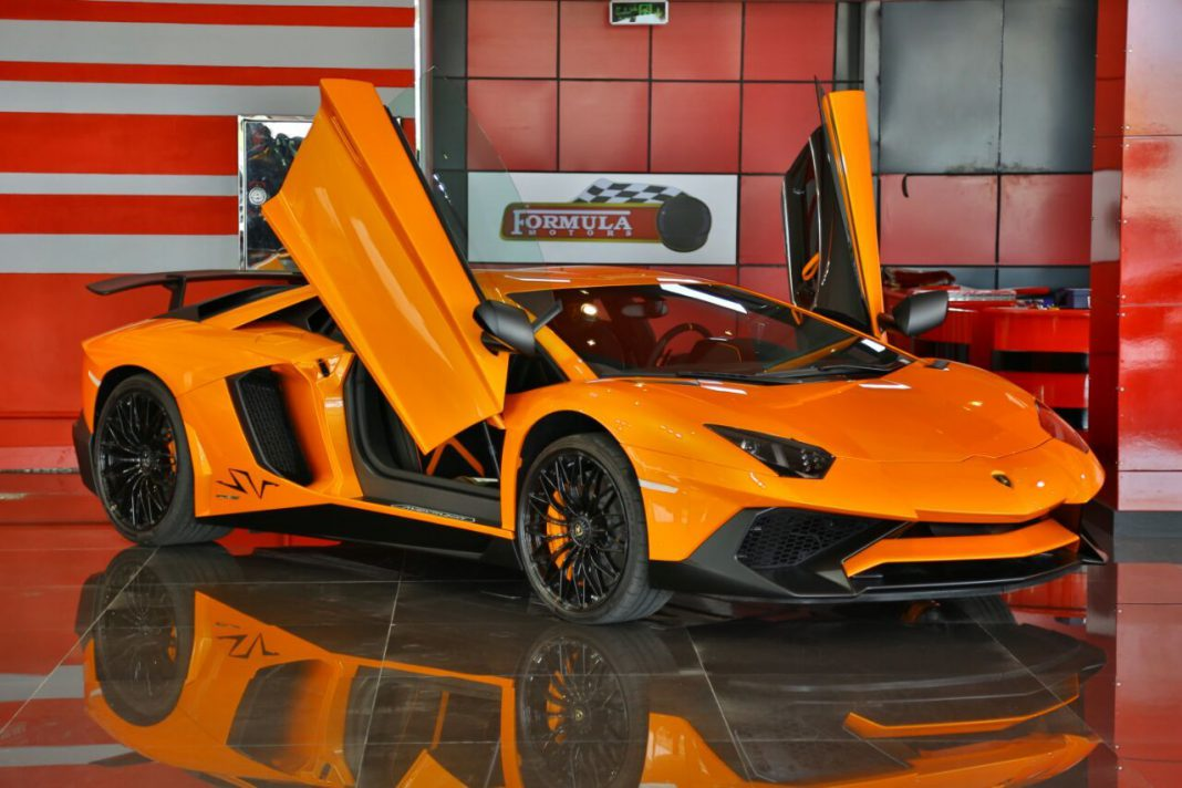 incredible orange lamborghini aventador sv for sale in. Black Bedroom Furniture Sets. Home Design Ideas