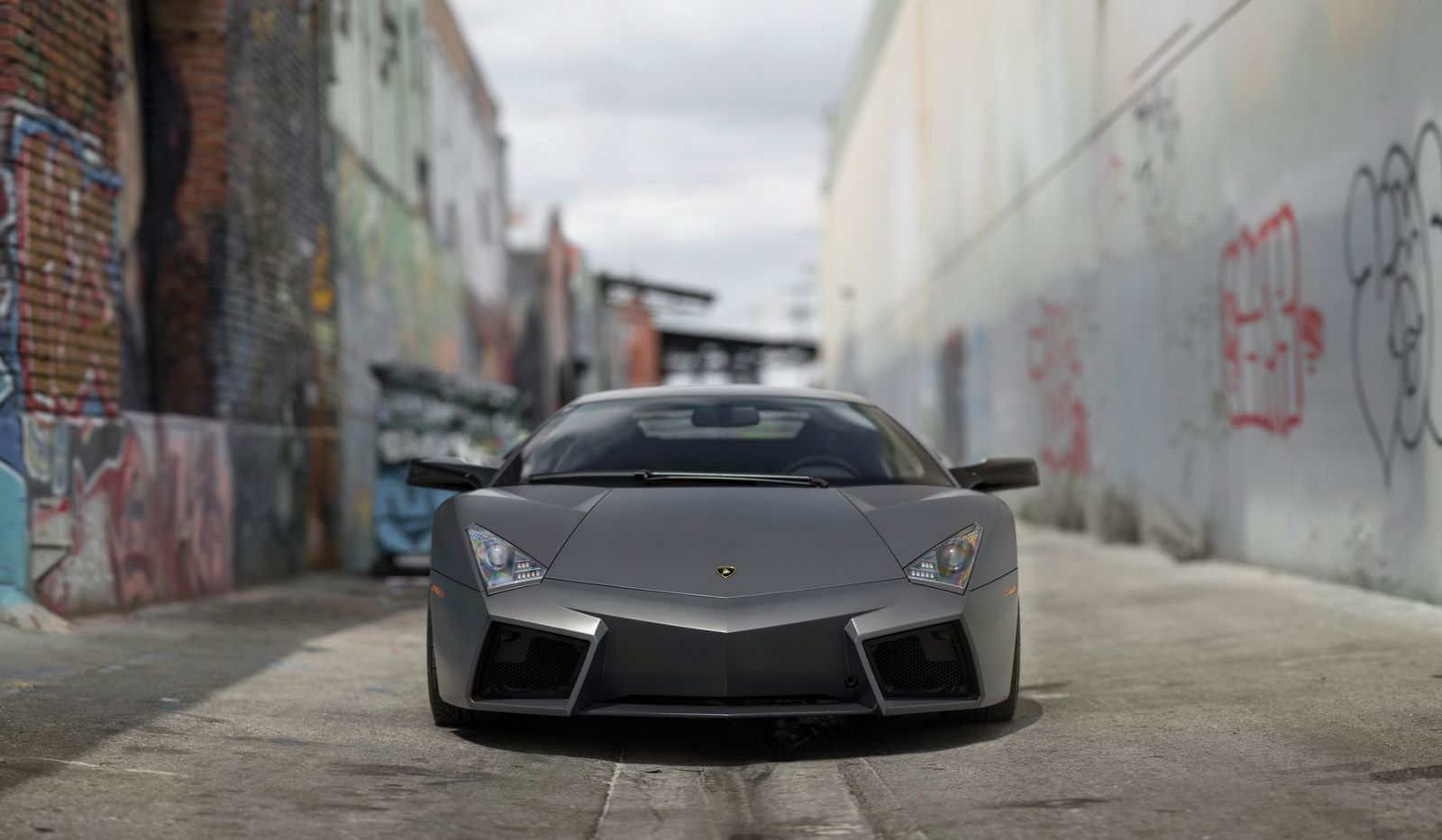 lamborghini reventon crossing the auction block next month gtspirit. Black Bedroom Furniture Sets. Home Design Ideas