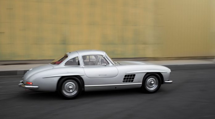 Mercedes-Benz 300SL Alloy Gullwing auction side