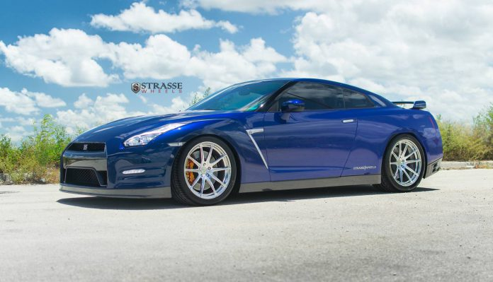Blue Pearl Nissan GT-R with Brushed Aluminum Strasse Wheels