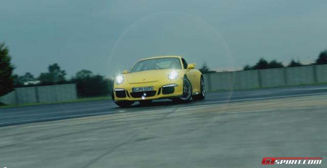 Drifting Porsche GT3