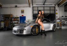Cars and Girls: Sexy Natalia Poses Next to Porsche 911 GT3!