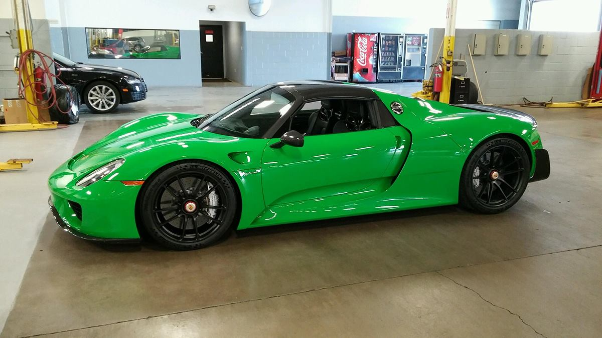 indycar driver graham rahal acquires new porsche 918 spyder gtspirit. Black Bedroom Furniture Sets. Home Design Ideas