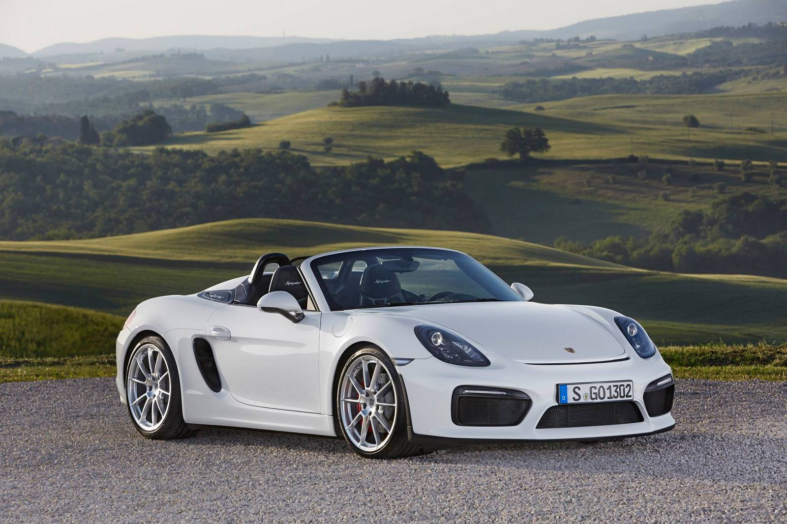 white porsche boxster spyder stuns in the wild gtspirit. Black Bedroom Furniture Sets. Home Design Ideas
