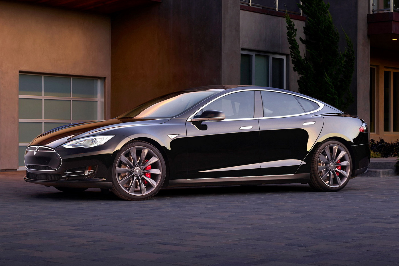 tesla announces 762hp model s p90d gtspirit. Black Bedroom Furniture Sets. Home Design Ideas