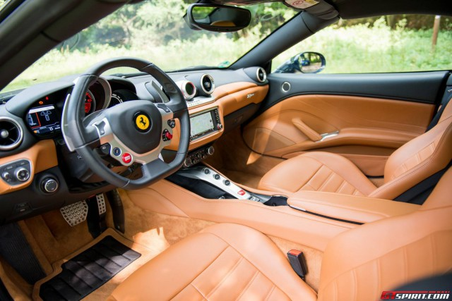 2016 Ferrari California T interior