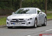 Facelifted Mercedes-Benz SL spy shots front