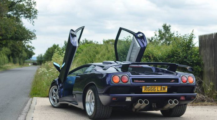 Blue Scuro Lamborghini Diablo SV rear