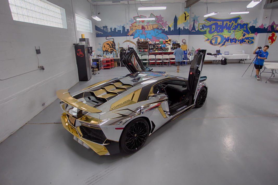Chrome Lamborghini Aventador SV (9)